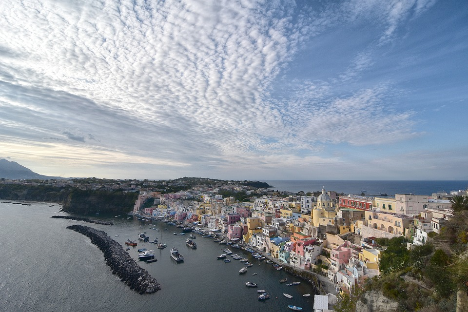 Neapol pogoda, średnie temperatury oraz jaki panuje tu klimat